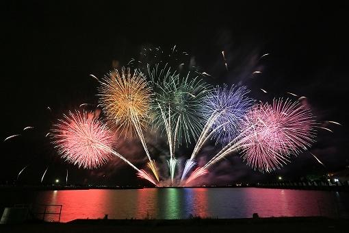 琵琶湖花火大会の画像です
