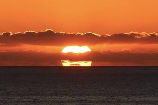 夕日の画像です