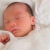 赤ちゃんの画像です